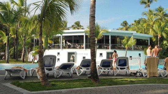 Hotel Riu Naiboa:                   Bar da piscina