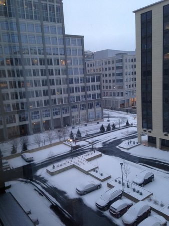Holiday Inn Arlington At Ballston:                   early morning view from room after 1/24/13 snow