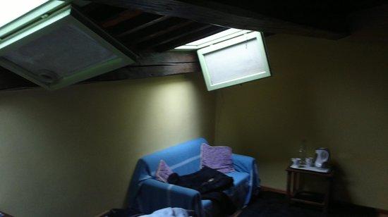 Hotel San Lorenzo: il lucernaio dentro la camera