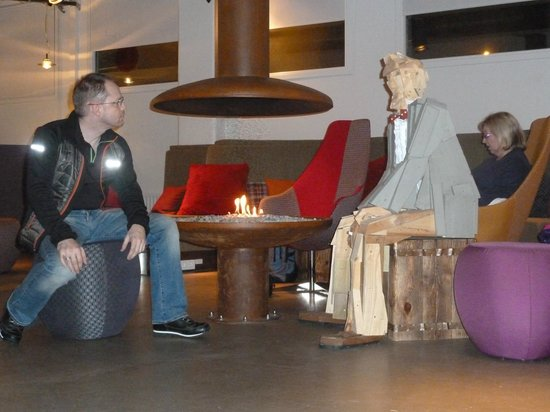 Icelandair Hotel Reykjavik Marina:                   Me in reception area with new friend!