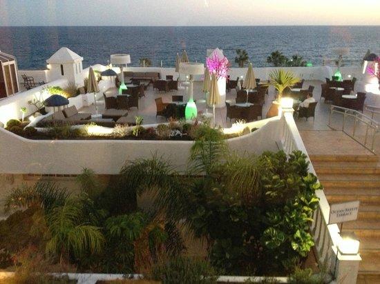 Santa Barbara Golf & Ocean Club by Diamond Resorts:                   Ocean breeze bar