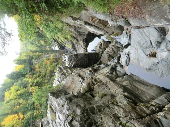 Canyon Sainte-Anne: canyon