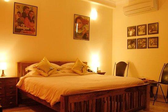 Shanti Home: Interior