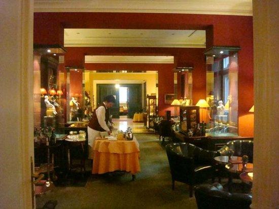 Le Palais Art Hotel Prague:                   Café da manha  Le Palais