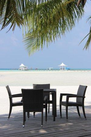 Cinnamon Hakuraa Huraa Maldives:                   View from the restaurant