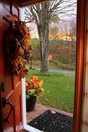 The Clarke House Bed & Breakfast: Autumn Sunrise