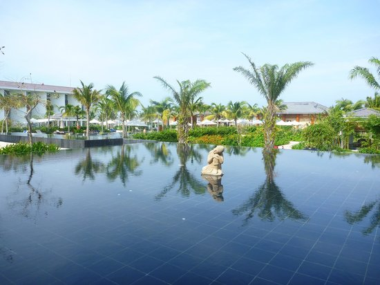 Sunrise Premium Resort Hoi An:                   View from the restaurant