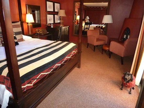 Inn and Spa at Loretto: Superior King Room with Fireplace