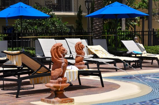 Parc Soleil by Hilton Grand Vacations: By the pool