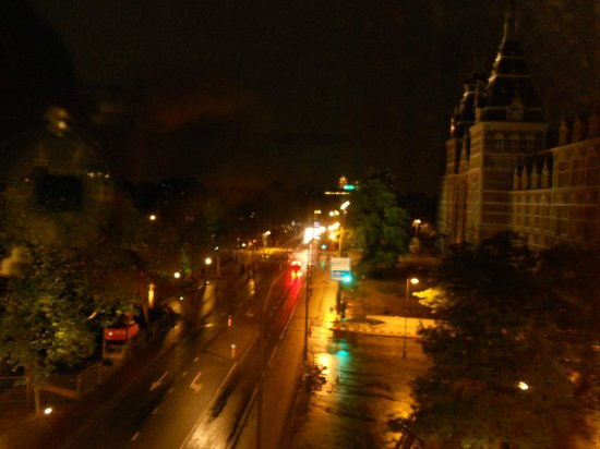 BEST WESTERN Apollo Museumhotel Amsterdam City Centre: Panorama dalla camera by night