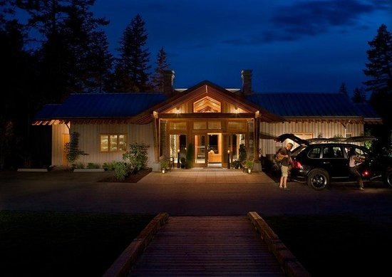 The Outback Resort: Main Lodge