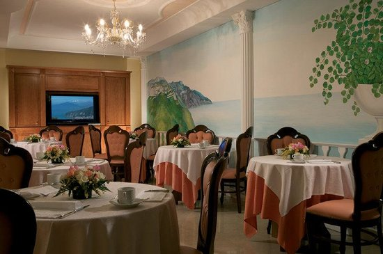 Hotel Prestige Sorrento: Breakfast Room