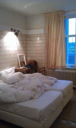 Lloyd Hotel & Cultural Embassy:                   Room