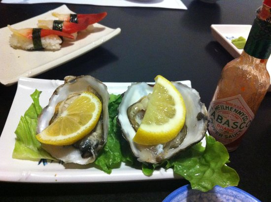 Tokyo Japanese Restaurant: Fresh oysters