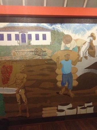 Vassouras Eco Resort :                   painel de mosaico do hall