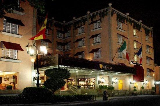 Hotel Geneve Ciudad de México: Fachada Noche