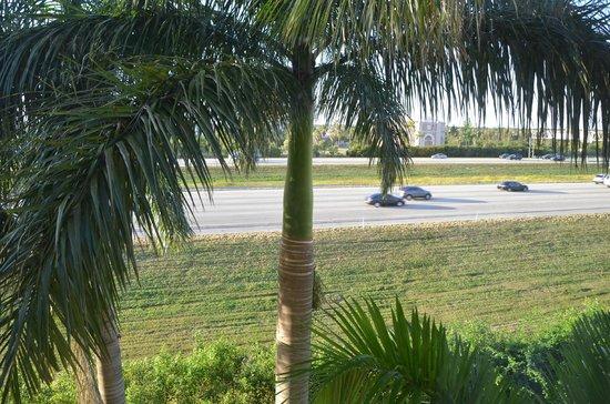 Wingate by Wyndham Fort Lauderdale Miramar:                   Rodovia
