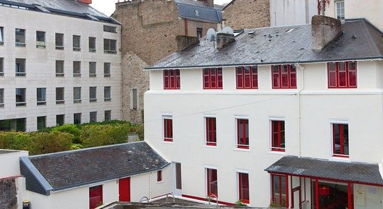 Hotel Chateaubriand : Exterior