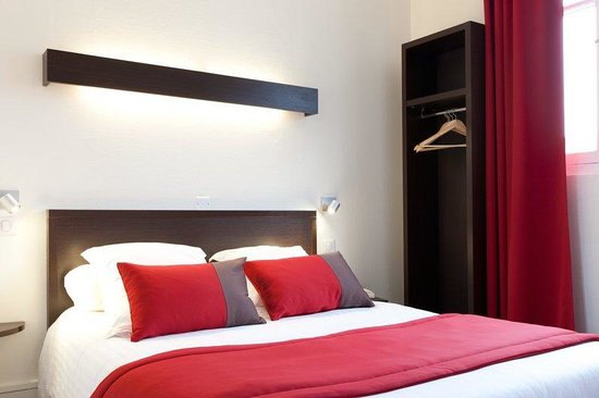 Hotel Chateaubriand : Room