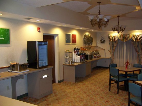 Comfort Suites Airport:                   Breakfast area