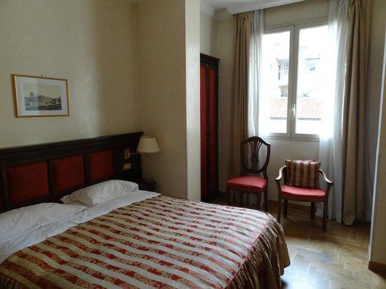 Hotel Cinquantatre: Bedroom