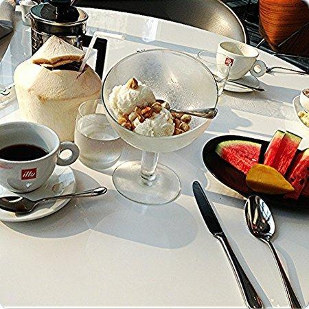 Le Méridien Bangkok:                   Breakfast