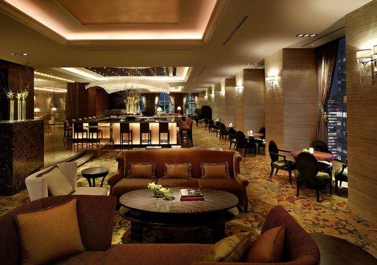 Shangri-La Hotel, Tokyo: The Lobby Lounge
