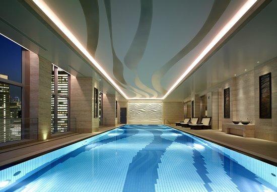 Shangri-La Hotel, Tokyo: Swimming Pool