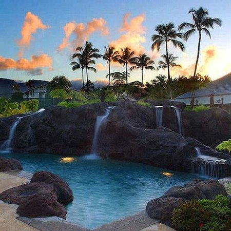 Cliffs at Princeville: Pool