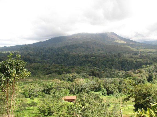 Lost Iguana Resort & Spa: Arenal Volcano