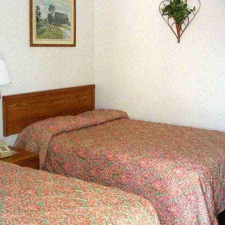 Super Value Inn - Weatherford : Guest Room