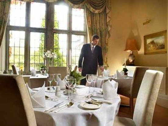 Callow Hall Hotel: Thumb CLWDining Room Waiter