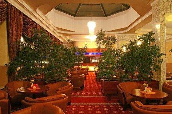 Golebiewski Hotel: Lobby View