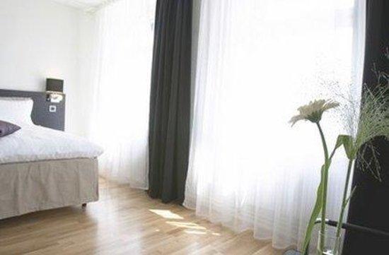 Hotel Flora: QUEENRoom