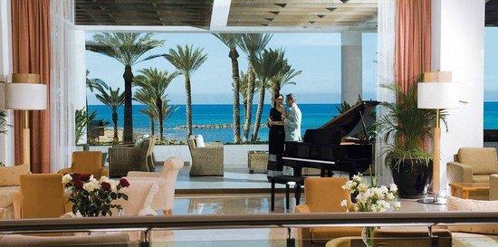 Constantinou Bros Pioneer Beach Hotel: Screen Shot At AM