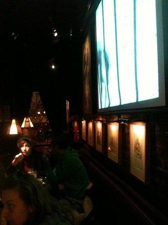 Olive Tree Cafe : la sala