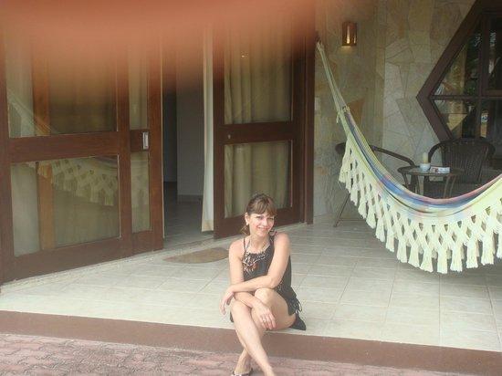 Morada dos Ventos: Porche de la cabaña con su cama paraguaya