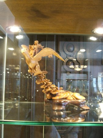 Shanghai Museum of Arts and Crafts :                   Nice carving