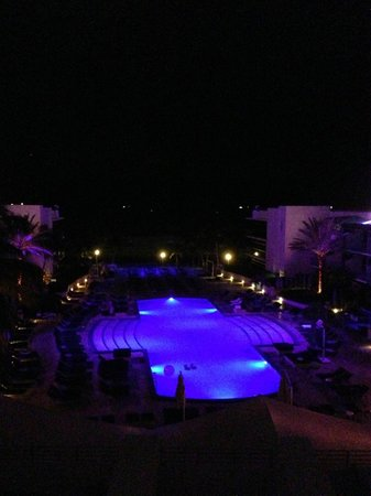 The Ritz-Carlton, South Beach: Pool at night