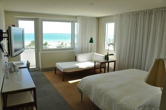 Shore Club South Beach Hotel: King Ocean View