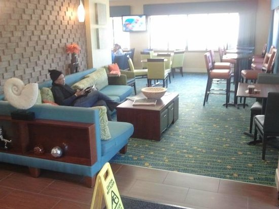 Residence Inn Herndon Reston:                   Inside waiting area