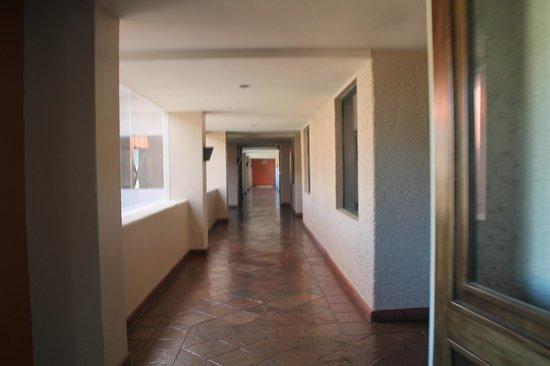 Hotel Coral & Marina:                   Hallway
