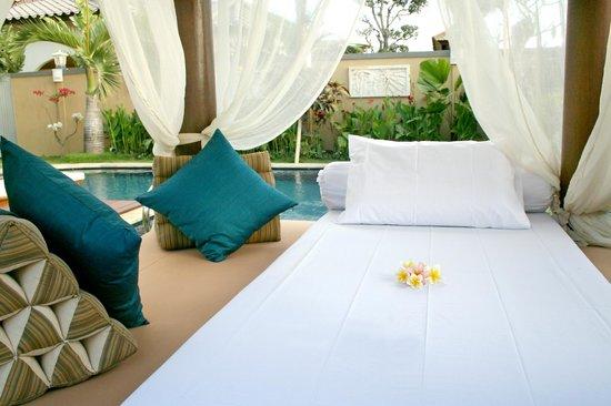 The Beverly Hills Bali: Gazebo