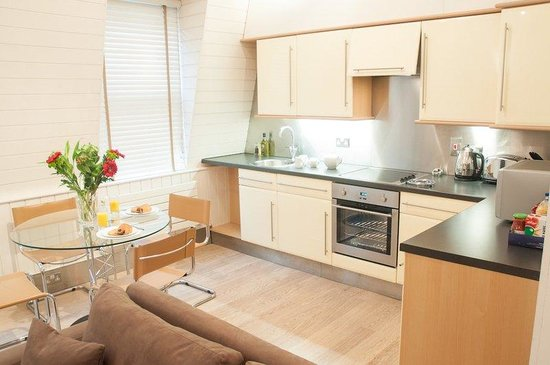 Clarendon Serviced Apartments - Artillery Lane : Artillery Lane ,Bed