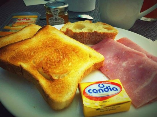 My experience with New Hotel Saint Charles - my breakfast