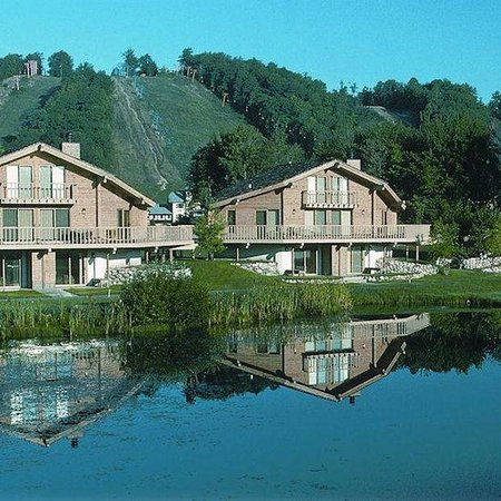 Schuss Village-Shanty Creek Resorts: Exterior