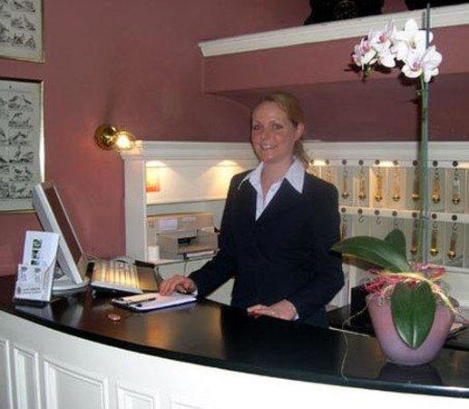 Kreshchatyk Guesthouse: Hotel Exterior