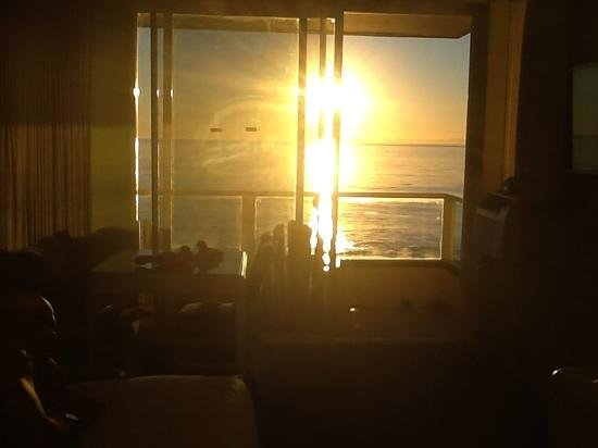 Pacific Edge on Laguna Beach, a Joie de Vivre Hotel:                   beach front king view from the bed.