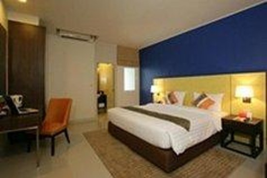 Legacy Express Sukhumvit by Compass Hospitality : Superior Room