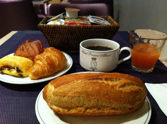 Prince Albert Opera: My experience at Price Albert Opera - my breakfast